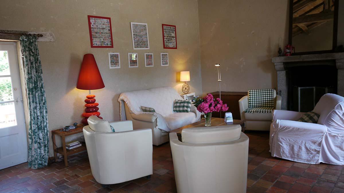 salon Location gite Garnaud6